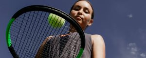 how to play tennis for beginners
